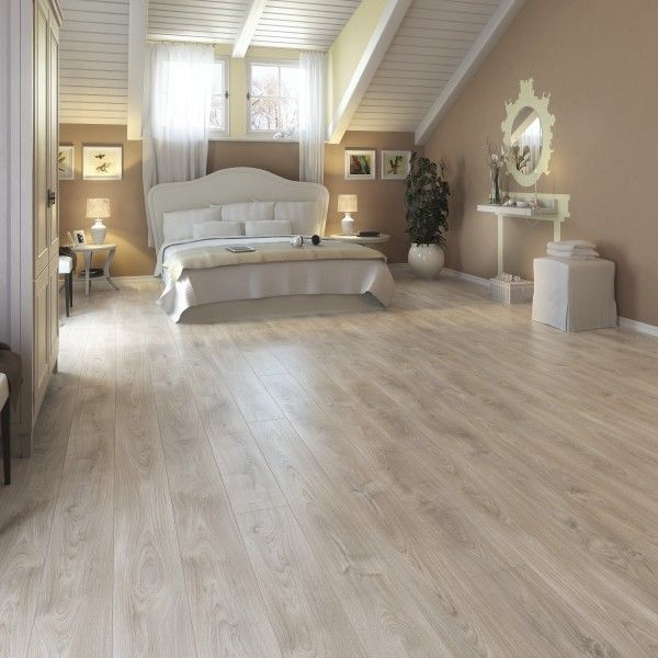 Parchet megafloor 11 mm mf4417 belfort oak interior for Parquet leroy merlin precios