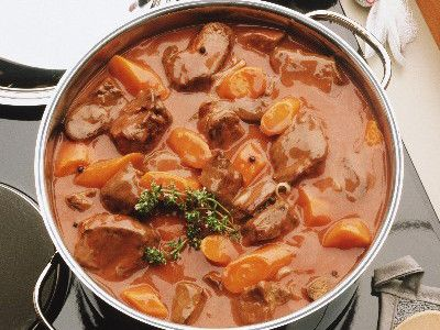 Cuisine française : 65 recettes traditionnelles - Le boeuf bourguignon