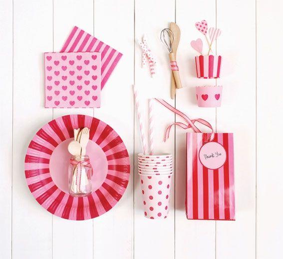 Cupcake bakje roze met donker roze hart | Cupcake bakjes | 100% leuk