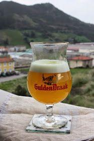 No, no es una GuldenDraak. Parece una cerveza pero no lo es. Es gelatina de limón con té :) da el pego, ¿ a que sí??? Es tan fácil de hace...