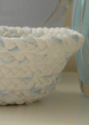 t shirt yarn braided basket