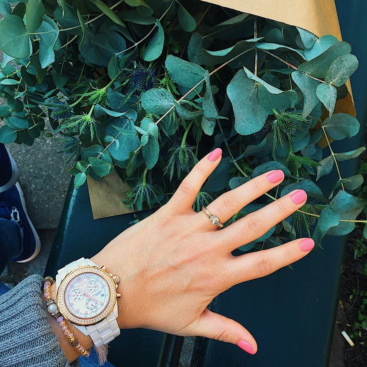 Beautiful white and rose gold ceramic watch  Fashion and style