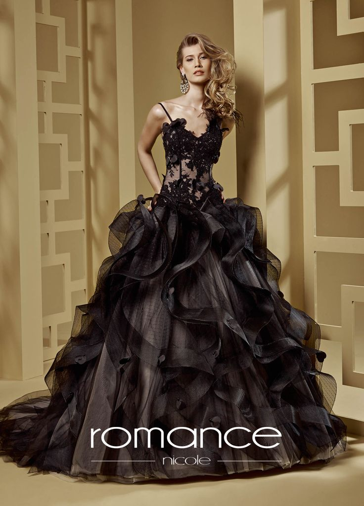 http://www.nicolespose.it/it/ #romance #collection for #nicolespose #weddingdress #wedding #abitidasposa  #nicole #labitodeisogni #bianco #white