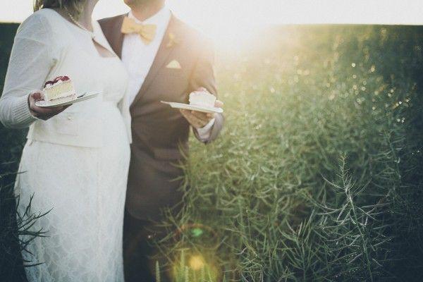 Beautiful midsummer wedding in Sweden / published on www.dittbrollop.se / Photo: Armin Pendek