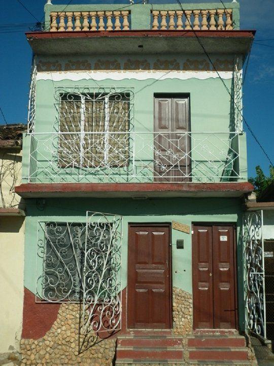 Hostal Lafamilia Cienfuegos  Cuba #bandbcuba #casaparticular #travel #cubatravel #casacuba