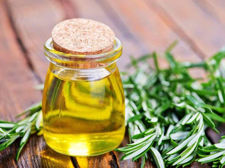Non, l'usage de l'huile d'olive ne se limite pas à notre alimentation. Elle permet aussi de prendre son de notre maison au naturel. Découvrez nos astuces...