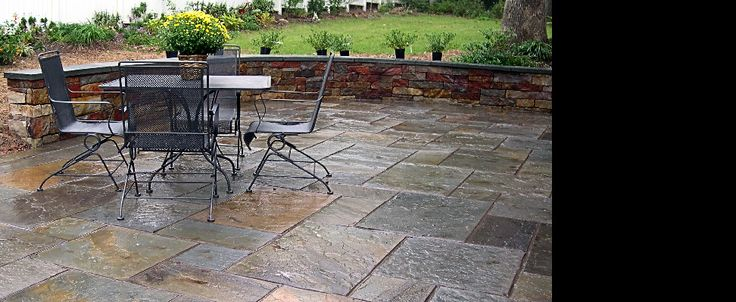 This Is An Example Of Full Color Variegated Pennsylvania Pattern Flagstone  With Dark Dyed Grout Joints. Construction Is Over A 4u0027u0027 Concrete Slab Wu2026
