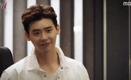 """""""Lee Jongsuk's flirty heart-stopping wink in MBC's W ep 3 """""""