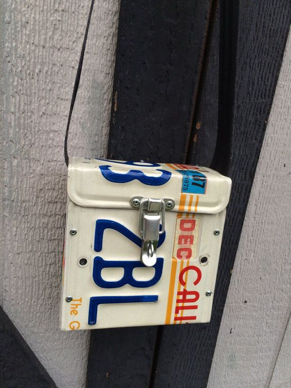 Vintage California license plate purse. Custom by LicensePL8art