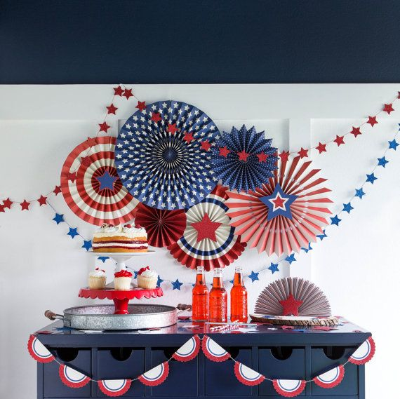 NEW! Stars & Stripes Party Fans from My Mind's Eye Paper Goods - 8 Assorted…
