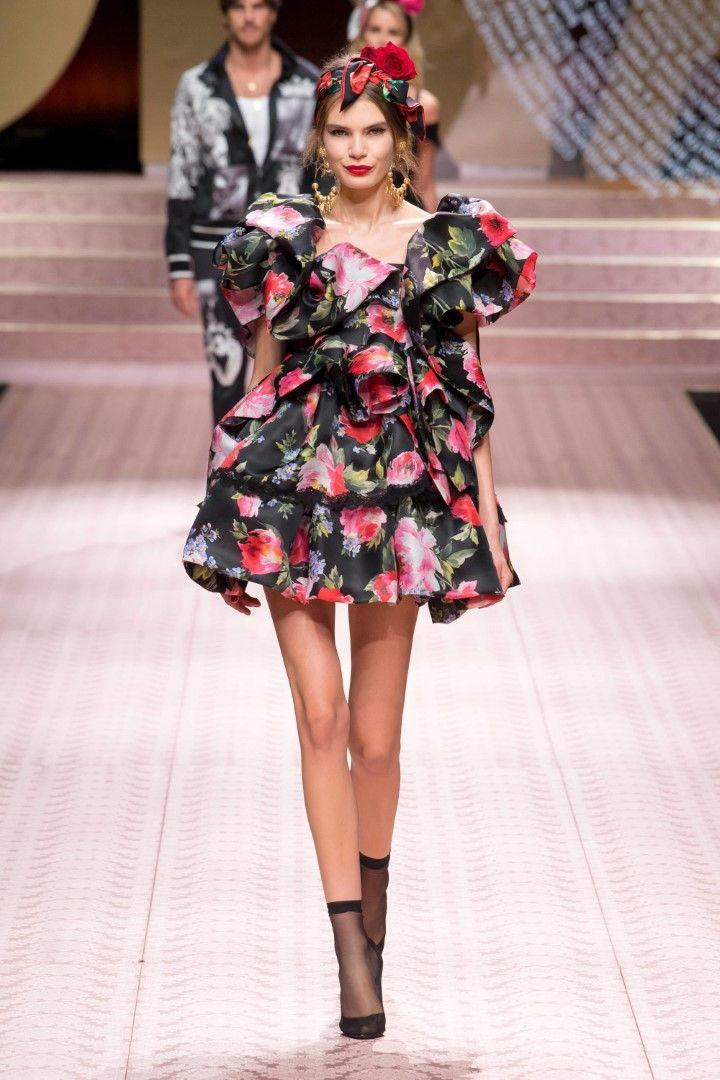 84d1b89d4b3e Dolce   Gabbana Spring Summer 2019 Ready-to-Wear Collection ...