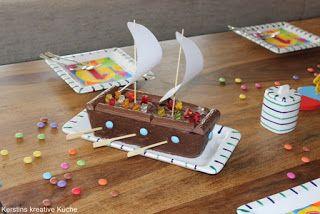 Kerstins kreative Küche: Kindergeburtstag, Hier findet ihr kreative Kuchen für die nächste Party zum Kindergeburtstag. Das Piratenschiff und die Ferkel/ Schweine im Güllefass