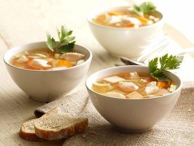 My Slimming World chicken soup recipe. #healthyrecipes #lowcaloriesoup