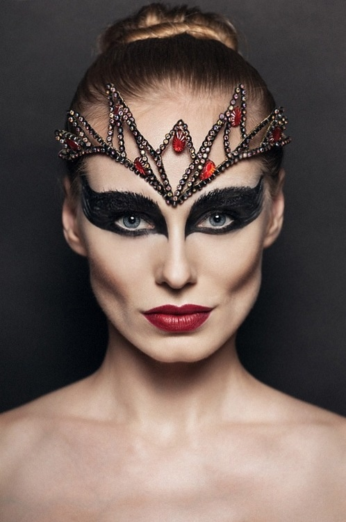 possible black swan look
