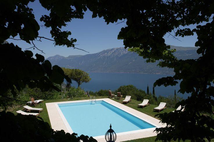 der Pool der Villa Sostaga