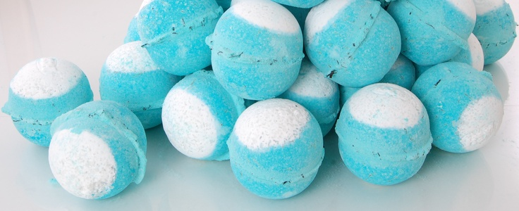 Big Blue bath bombs - Swim your private ocean in a relaxing seaweed soak    I freaking love Big Blue. I've purchased this who knows how many times.