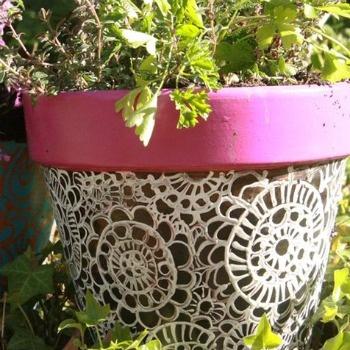 Macetas de barro decoradas pot how to succulents and - Macetones de barro ...