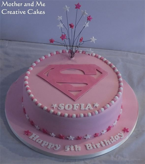 Mother and Me, Creative Cakes, Cake makers Hemel Hempstead - Supergirl Cake