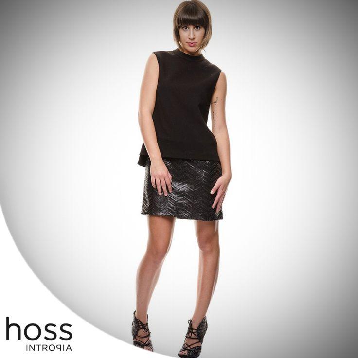 Mix esplosivo di fascino e seduzione, il total black è la scelta migliore per il tuo sabato sera, semplicemente intramontabile.  Indossalo con questo abito Hoss Intropia, disponibile su #elleciboutique ---> http://bit.ly/1PCP44G  #totalblack #black #nero #outfit #dress #saturday #saturdaynight #ellecì #eshop #shoppingonline #moda #fashion