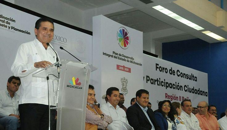 El gobernador inauguró el tercer Foro Regional en La Piedad para la integración del Plan de Desarrollo Integral del Estado de Michoacán; participaron ciudadanos de los diversos sectores y los ...