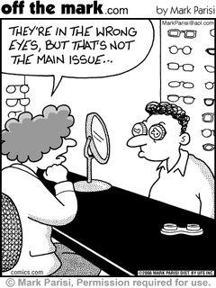 """""""Están en el ojo equivocado, pero ese no es el principal problema..."""" Contact lens humor"""
