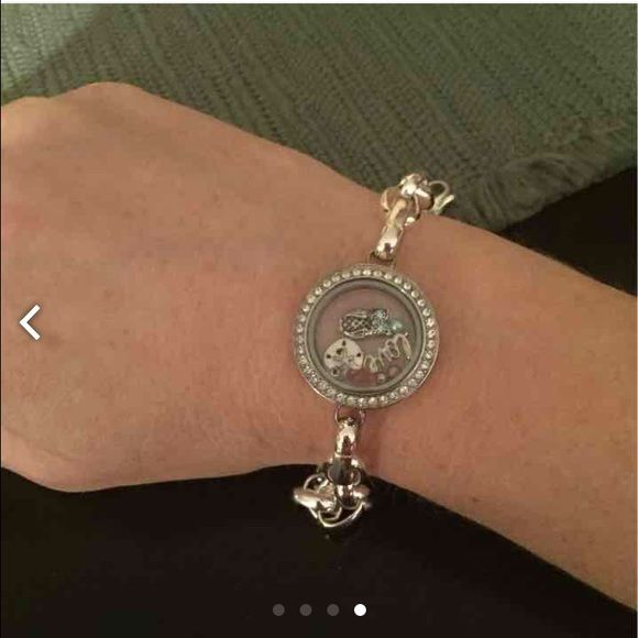 Origami Owl Locket Bracelet EUC! Comes with charms inside! No tarnish or scratches! Origami Owl Jewelry Bracelets