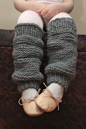 Little girl's knit legwarmers - pattern by bernadette