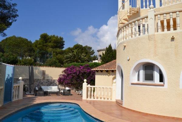 Goed Onderhouden Spaanse Villa met Privé Zwembad - https://plus.google.com/+Villaslasellajavea/posts/MmemZ8oosyk