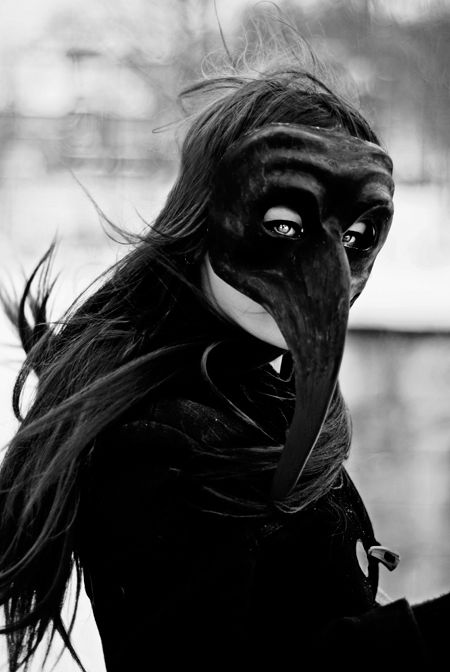 LOVE the plague doctor masks. Mask / repinned on Toby Designs