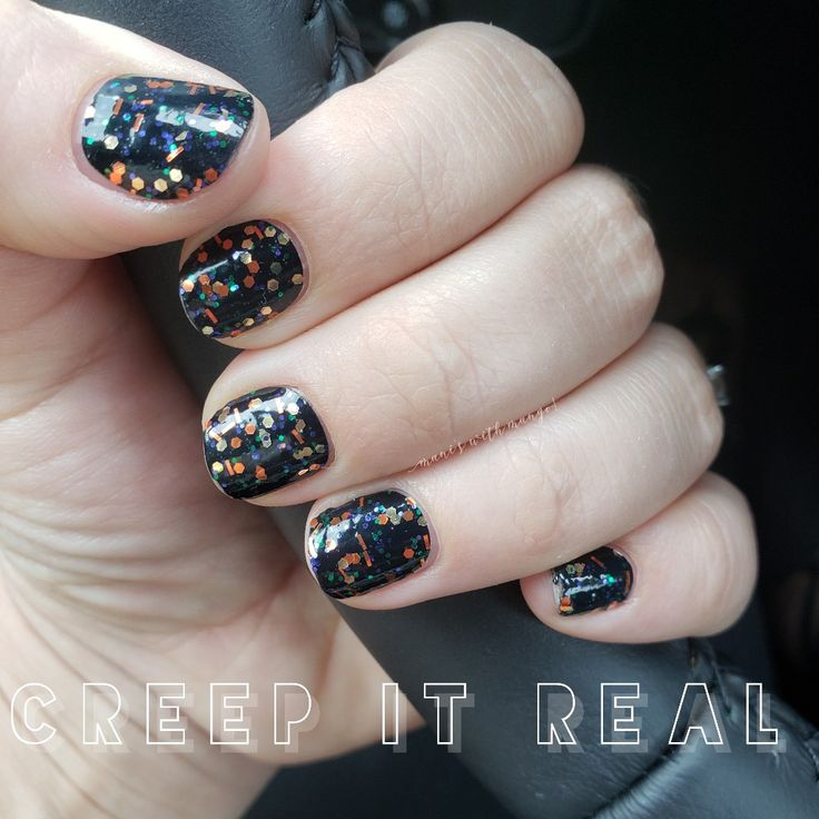 Color Street Halloween Mani 🎃 Trendy nails, Pretty nails
