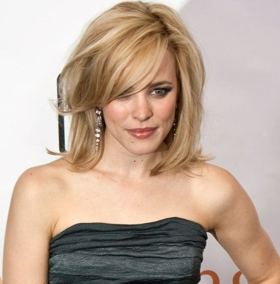 Medium Length Hair - basically my cut, why doesnt mine EVER look like that?!!?  Pinned from PinTo for iPad 