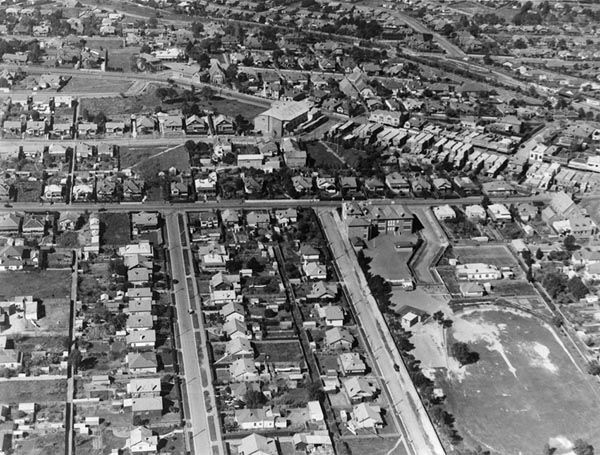 Aerial view of Ivanhoe