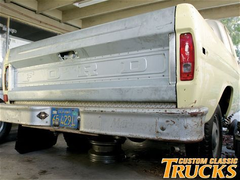 F100 Rat Rodon Ford Bronco Tailgate Ps