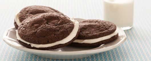 Brownies and Cream Sandwich Cookies