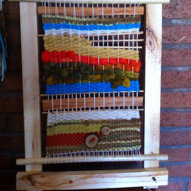 Telar en marco de madera .