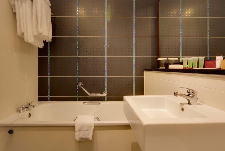 Choice of bath or shower  http://www.carltonhotelblanchardstown.com/