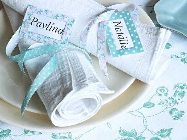 Textilní záplaty můžete v podstatě využít na cokoli – například jako jmenovky na ubrousky.