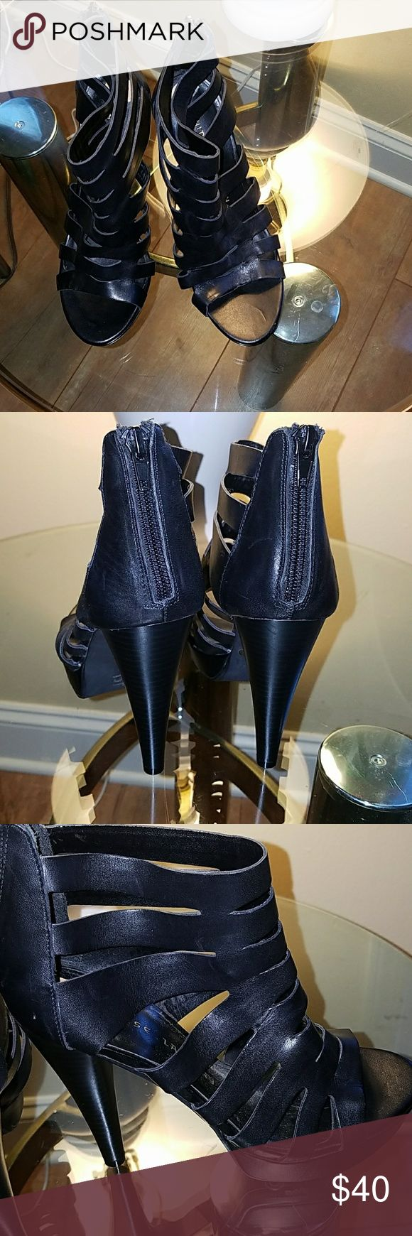 Chinese Laundry  heels( ONE DAY SALE) Super cute black 4.5 heels the left heel has two small scratches in the front these shoes are in excellent used condition the heels are intact no scratches no wear to the heel these shoes are soft leather with the zipper closure in the back open toe in the front. Simply Beautiful👠🛍 Chinese Laundry Shoes Heels