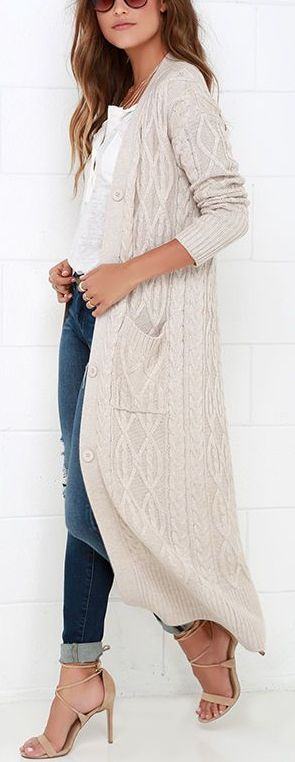 I want a long outer layer. Looks warm.
