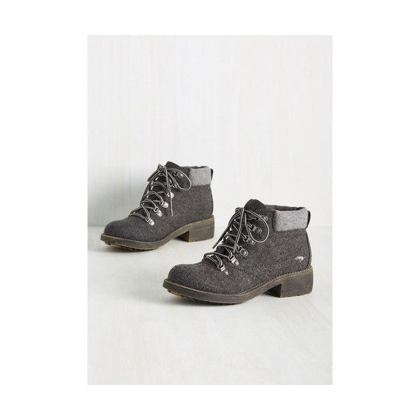 Rocket Dog Urban The Walking Tread Boot (585 SEK) ❤ liked on Polyvore featuring shoes, boots, boot - bootie, flat boot, grey, gray ankle boots, short flat boots, grey ankle boots, grey flat boots and grey boots