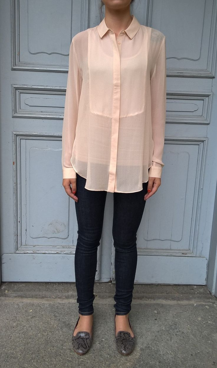 Silk shirt in powder color. Available online: http://www.sofinah.fi/product/598/shirt-lu-powder