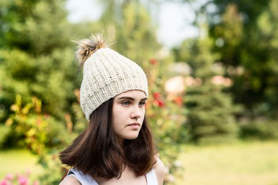 Cream wool hat/wool beanie/loose knit by Isabellwoolstudio
