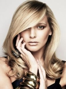 Pictures : Blonde Hair Color Shades - Light Honey Blonde Hair Color