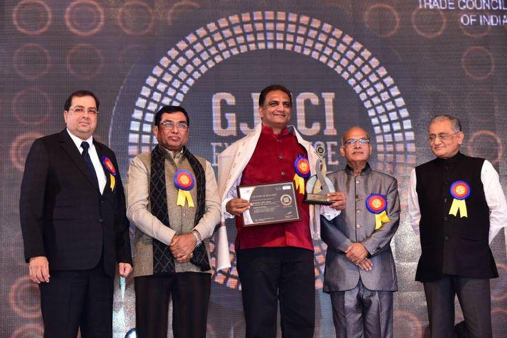 Mr. Vipul Shah- Chairman GJEPC won the GJTCI Excellence Award for Contribution to the Industry. Award presented by Shri Shantibhai Patel, Shri Kiritbhai Solanki, Shri Bachhraj Bamalwa & Shri Pankaj Parekh