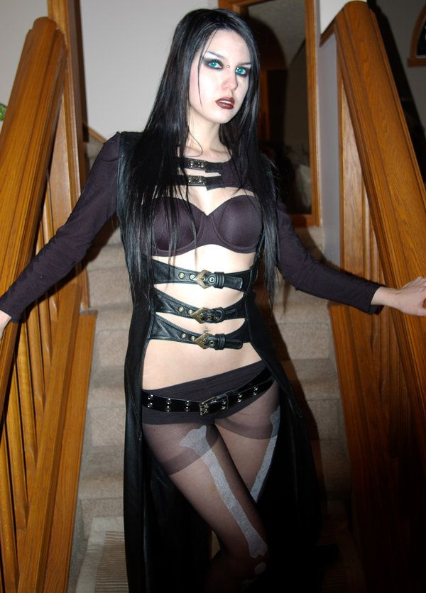 Asian Girl Goth Porn - Goth - the jacket thing would make a cool open abaya for any Alt Muslimah.