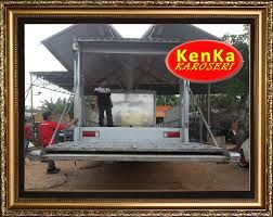 PEMBUAT TRUCK WINGBOX LIFT GATE SYSTEM