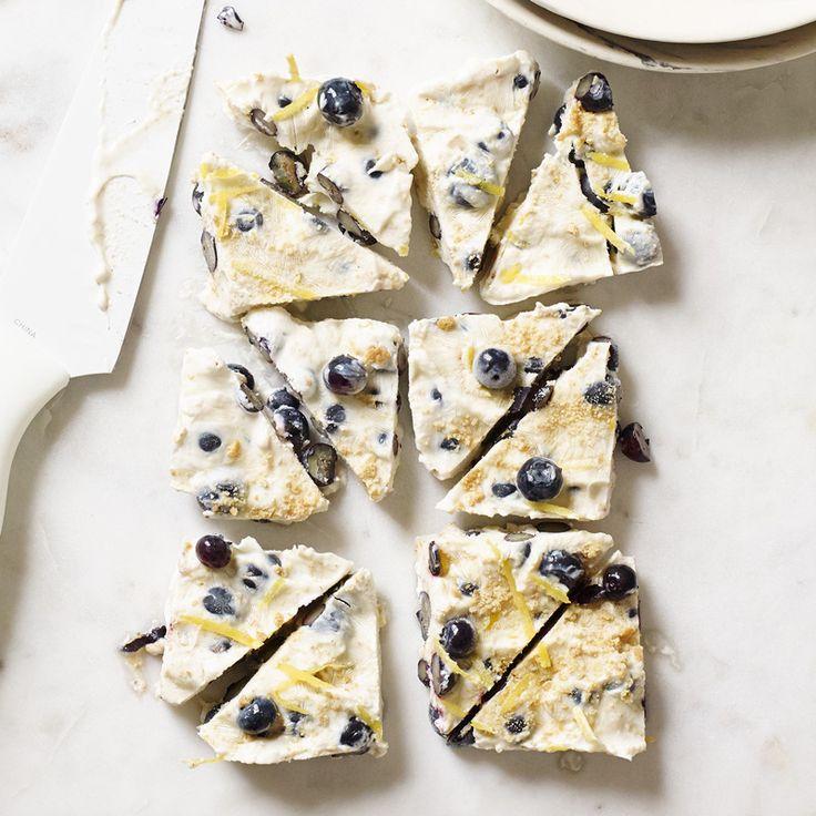 Blueberry Cheesecake-Yogurt Bark | Recipes | Weight Watchers