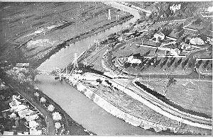 PH 13012. The MacRobertson Bridge under construction across the Yarra at Grange Road, c.1933.