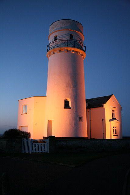 Old Hunstanton lighthouse. Slow Travel Norfolk; wwww.bradtguides.com