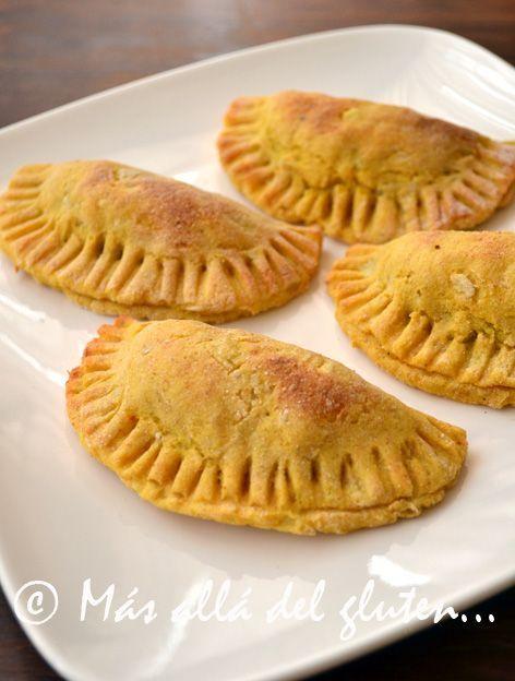 Más allá del gluten...: Empanadas de Papa con Relleno de Verduras (Receta GFCFSF, Vegana):